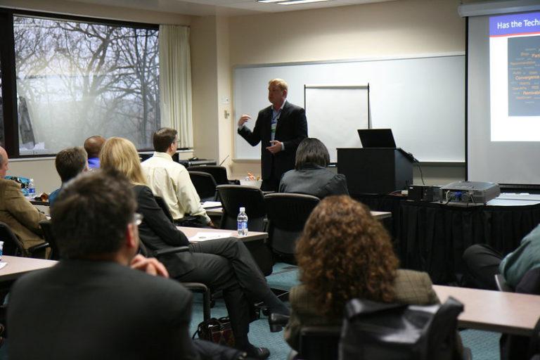 Unlock the Secrets to Informal Learning in the Enterprise(Oct, 2009)